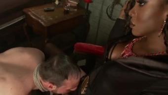 Ts Vampire Dominates Slave