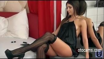 Beautiful Brunnete Masturbating On Webcam - Otocams.Com