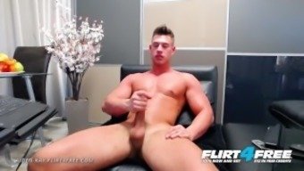 Aiden Kay On Flirt4free - Athletic Blue Eyed Cam Stud Strokes His Huge Cock
