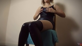 Ordered To Rub My Pussy, Warming Myself Up For Him - Honey Pot