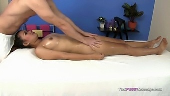 Slim Thai Girl Massaged And Fucked In Happy Ending Massage