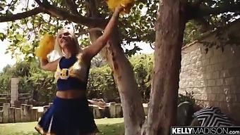Cheerleader Slut Creampied By Big Dick