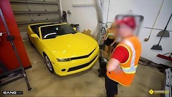 Roadside - Luxury Milf Gets Her Pussy Banged On A Sports Car
