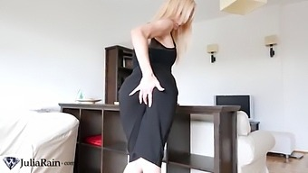 Blonde Fingering Wet Pussy Sex Toys In The Hotel - Hot Solo