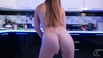 Stella Cardo Danced In The Kitchen And Showed Her Big Ass