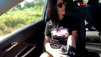 Blowjob Date Im Auto Mit Sexgeilem Luder - Sexfreunde.Com