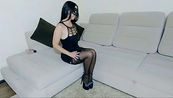 Female Masturbation And Orgasm With Lexi Layne On High Heels - Fingering Pussy