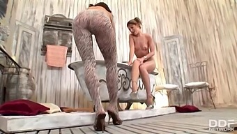 Nonstop Lesbian Foot Play With Lepidoptera And Mya Diamond In Pantyhose