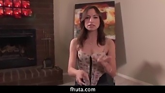 Freaky Flexible Babe Amber Rayne Gets Destroyed By Black Dick