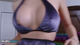 (Donnie Dakota) Will Keep His Mouth Shut Only If He Sees His Stepsis (Mila Jade) Boobs - Reality Junkies