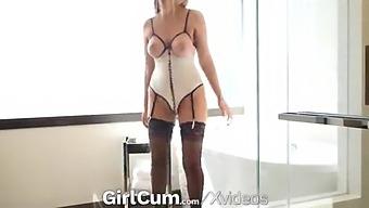 Girlcum Multiple Intense Orgasms For Busty Alexis Adams
