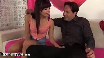 Gina Valentina Sucks & Fucks Eric John Live - Erotiquetvlive