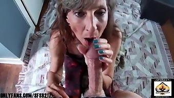 Homemade Amateur Mom Sucks A Fat Cock