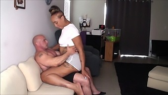 Grinding To Orgasm With Kendra Allure