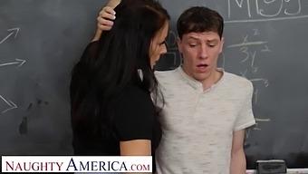 Naughty America - Sexy Professor Reagan Foxx Will Grade Rion On How Well He Fucks!!!