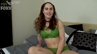 Sister Helps Broken-Hearted Brother Cheat On His Girlfriend, Pov - Siblings, Brother Creampies Sister, Brunette, Teen, Family Sex - Akira Shell