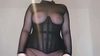 Bouncing My Boobs In A Corset (Free Outtake Due To Permaglare)