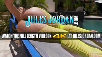 Julesjordan.Com - Big Booty Heavyweight Abella Danger Takes An Outdoor Anal Blasting