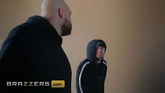 Milfs Like It Big - (Alexis Fawx, Xander Corvus) - Super Milf - Brazzers