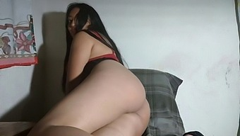 You Want Me To Be Your Sex Doll I Masturbate And Have A Hot Squirt