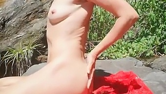Don'T Jerk Alone: Watch Hot Girl Of Ur Dreams Masturbated Nude In Nature - Angel Fowler