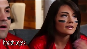 Babes - Cute Teen Adria Rae Cheats On Her Bf With The Delivery Boy Lucas Frost
