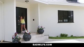 Bad Milfs - Make Me Squirt For Extra Credit