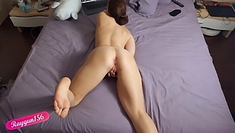 Horny Girl Watches Porn, Masturbates And Cums Out Loud - Raygun156